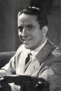 Roberto Rey Picture