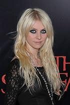Image of Taylor Momsen