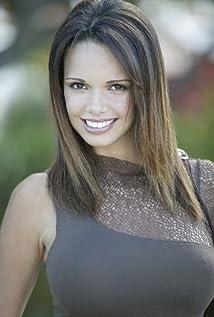 Alejandra Gutierrez Picture