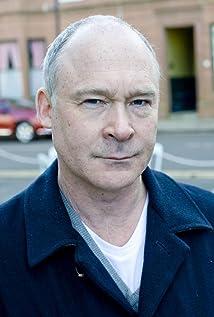 Aktori Ewan Stewart