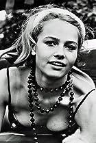 Image of Eva Renzi