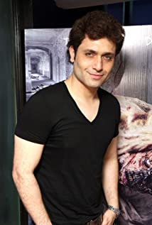Shiney Ahuja Picture