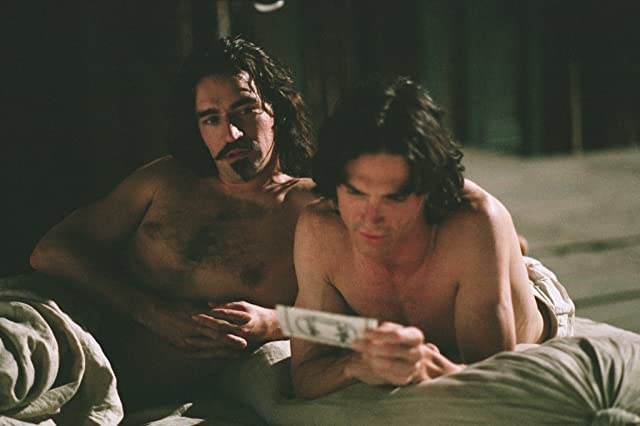 Ben Chaplin and Billy Crudup in Stage Beauty (2004)