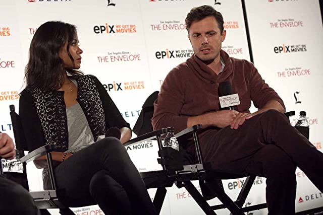 Casey Affleck and Zoe Saldana at Out of the Furnace (2013)