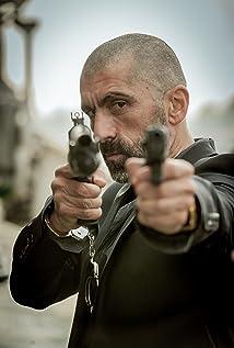 Aktori Erdal Yildiz