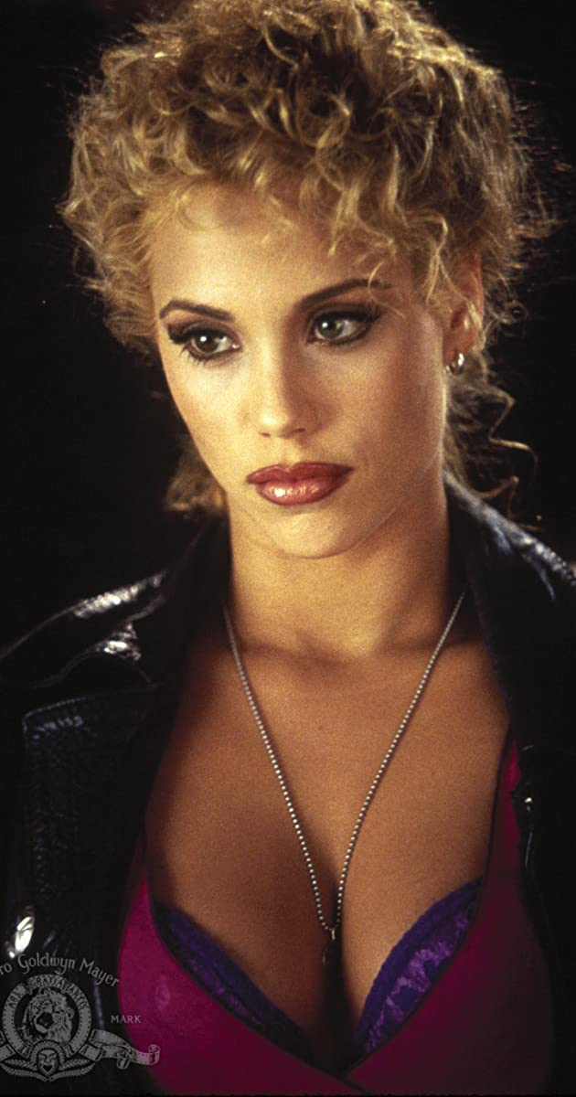Gina gershon elisabeth berkley nude 1995 - 3 part 6