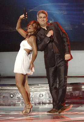 Toni Braxton and Taylor Hicks at American Idol (2002)