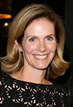 Julie Hagerty's primary photo