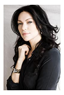 Laura Prepon Picture