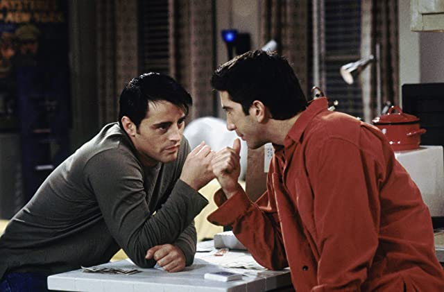 Matt LeBlanc and David Schwimmer in Friends (1994)