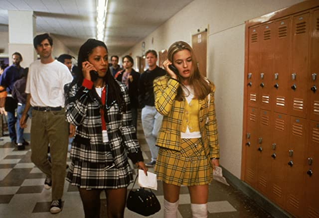 Alicia Silverstone and Stacey Dash in Clueless (1995)