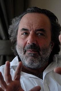 Gonzalo Arijon Picture