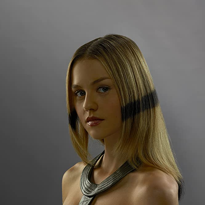 Isabelle Cornish in Inhumans (2017)