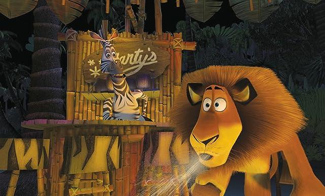 Chris Rock, Ben Stiller, and William Ash in Madagascar (2005)