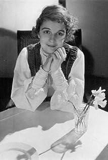 Edith Barrett Picture