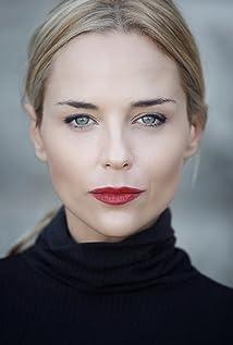 Tanya van Graan