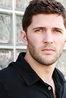 Quinn Emmett Picture