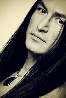 Aktori Eugene Brave Rock