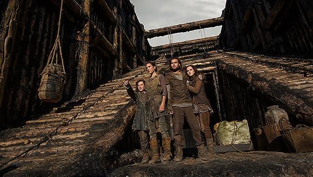 Jennifer Connelly, Emma Watson, Leo McHugh, and Douglas Booth in Noah (2014)
