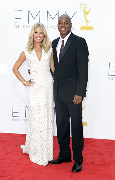 Kevin Frazier and Brooke Anderson at The 64th Primetime Emmy Awards (2012)