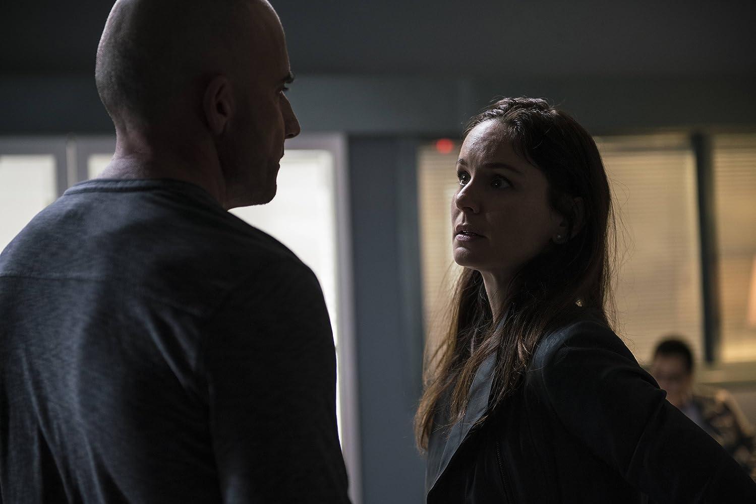 Prison Break S05E09 – Behind the Eyes