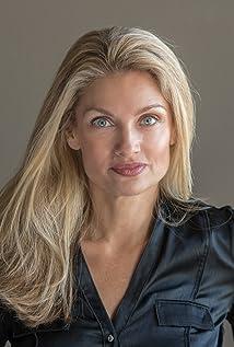 Aktori Gail Gamble