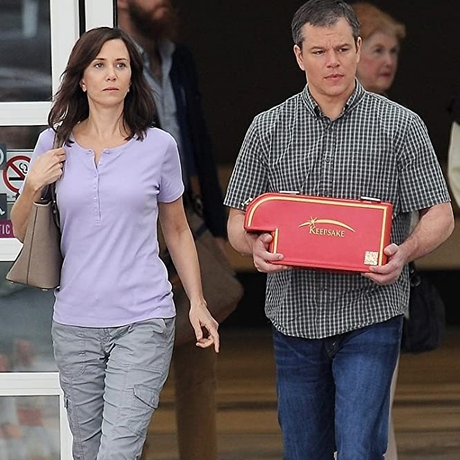 Matt Damon and Kristen Wiig in Downsizing (2017)