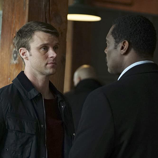 Jesse Spencer and Eamonn Walker in Chicago Fire (2012)