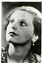 Image of Belle Chrystall