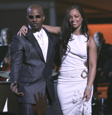 Jamie Foxx and Alicia Keys at The 47th Annual Grammy Awards (2005)