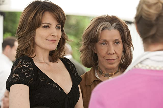 Lily Tomlin and Tina Fey in Admission (2013)
