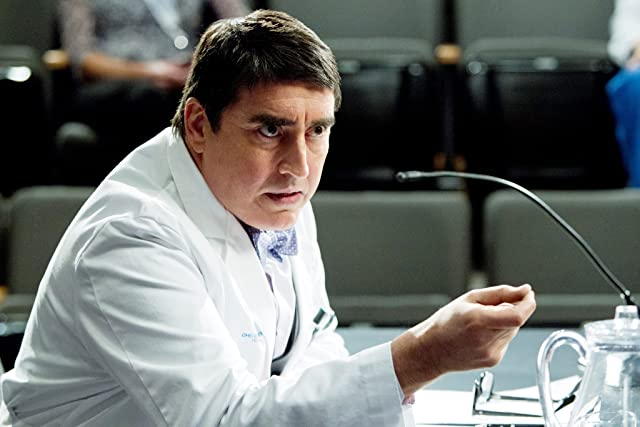 Alfred Molina in Monday Mornings (2013)