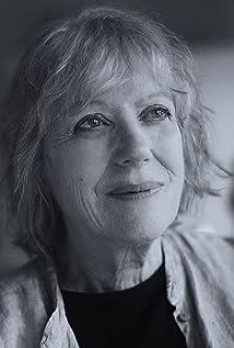 Aktori Kika Markham