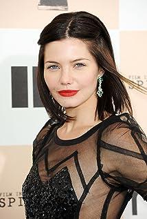 Aktori Delphine Chanéac