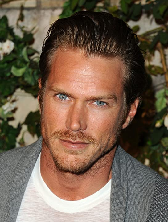 Jason Lewis at an event for Muta (2011)