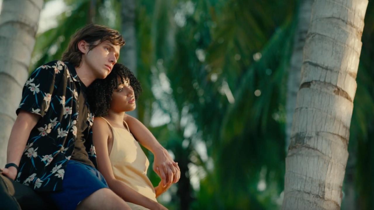 Everything, Everything – Absolut tot (2017), filme online subtitrat în Română