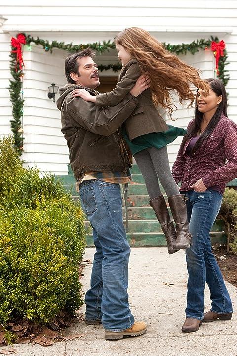 Billy Burke, Alex Rice, and Mackenzie Foy in The Twilight Saga: Breaking Dawn - Part 2 (2012)