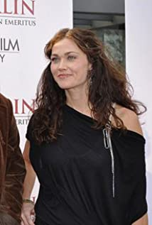 Julie Gould Picture