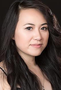 Lien Mya Nguyen Picture