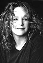 Bonnie Bedelia's primary photo