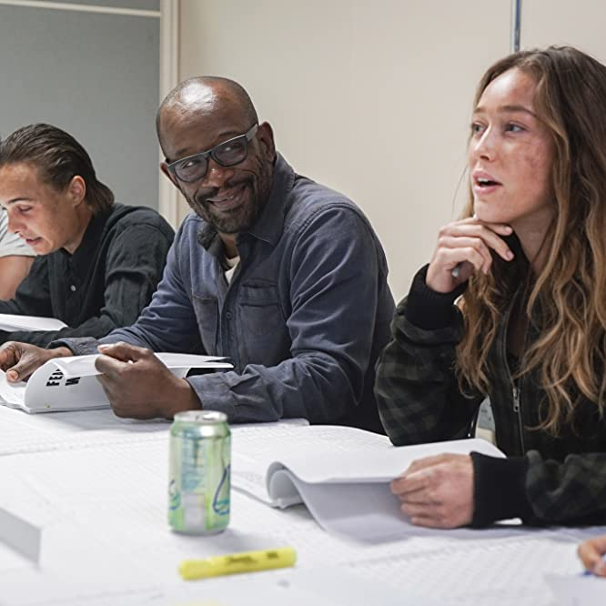 Frank Dillane, Colman Domingo, Lennie James, Morgan Jones, Richard Foreman, Alycia Debnam-Carey, Nick Clark, and Victor Strand in Fear the Walking Dead (2015)