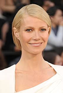 Gwyneth Paltrow New Picture - Celebrity Forum, News, Rumors, Gossip