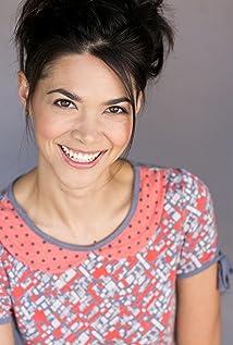Aktori Lilan Bowden