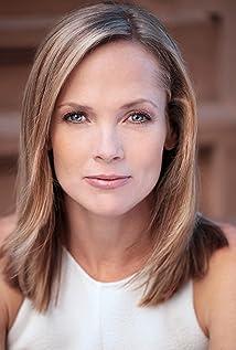 Aktori Tamara Hickey