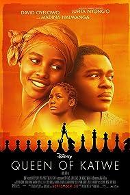David Oyelowo, Lupita Nyong'o, and Madina Nalwanga in Queen of Katwe (2016)