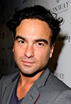 Johnny Galecki's primary photo