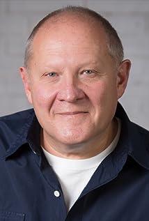 Aktori Tom Anniko