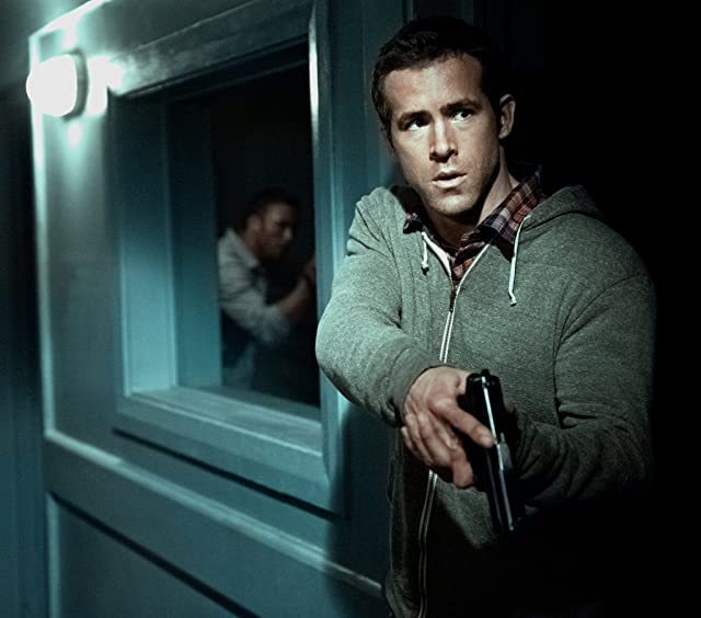Ryan Reynolds in Safe House (2012)