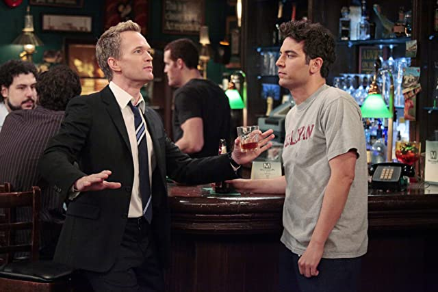 Neil Patrick Harris and Josh Radnor in How I Met Your Mother (2005)