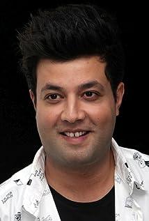 Aktori Varun Sharma